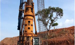 Bauer Fundaciones continua con la colocación de acero muro intermitente Fase 2
